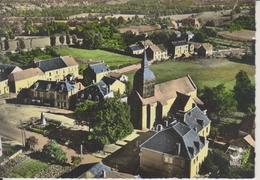 D23 - CLUGNAT - LA PLACE ET L'EGLISE - EN AVION AU DESSUS DE ...  - CPSM Grand Format - Autres Communes