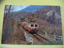 TRAIN 1092 - TIRAGE 100 EXEMPLAIRES - 09 TARASCON SUR ARIEGE AVRIL 1979 UNE AUTOMOTRICE Z7100 PRES... - PHOTO J. FOURNOL - Trenes