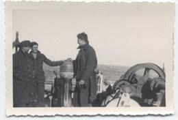 3 HOMMES   SUR UN BATEAU -P10 - Boats