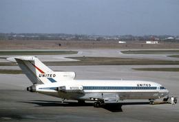 Aviation Postcard-714- UNITED AIR LINES Boeing 727 - 1946-....: Moderne