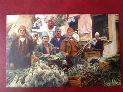 Costumi Albanesi Mercato Di Valona - Albania