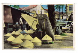 Sud Vietnam Viet-Nam N°481 SAIGON Marchande De Chapeaux Coniques En Latanier Pharmacie Guyen ? VOIR DOS - Vietnam