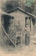 G107 - Exposition Coloniale - Case Et Types Laotiens - Laos