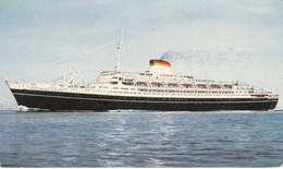 Cartolina - Postcard    - Italia  Societa'. Cristoforo Colombo Di Navigazione - Genova - Barche