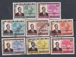 Rwanda N° 1 / 8 O , X  Indépendfance, Les 8 Valeurs Oblitérations Légère Ou Trace De Charnière, Sinon TB - Rwanda