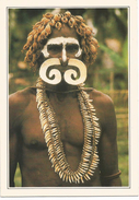 V854/55 Papua Nuova Guinea - Guerriero Asmat - Cartolina Con Legenda Descrittiva - Océanie