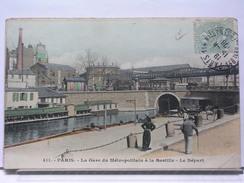 PARIS - LA GARE DU METROPOLITAIN A LA BASTILLE - LE DEPART - ANIMEE - COLORISEE - 1906 - Stations, Underground