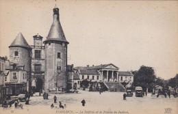France Issoudun Le Beffroit et le Palais de Justice
