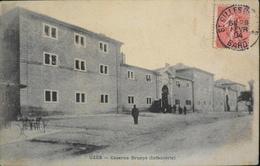 CPA - FRANCE - Uzès Est Situé Dans Le Départ. Du Gard - Caserne Brueys (Infanterie) - Daté 1904 - TBE