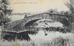 CPA - FRANCE - Uzès Est Situé Dans Le Départ. Du Gard - Pont Vieux - Daté 1905 - TBE