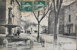 CPA - FRANCE - Uzès Est Situé Dans Le Départ. Du Gard - Place Du Marché Aux Blés - Caserne Brueys - Daté 1908 - TBE