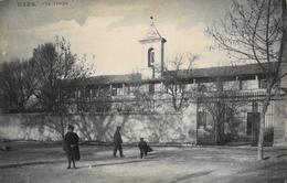 CPA - FRANCE - Uzès Est Situé Dans Le Départ. Du Gard - Le Temple - Daté 1919 - TBE