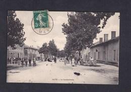 Auve (51) - La Gendarmerie ( Animée Timbre Taxe ) - France