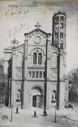 CPA - FRANCE - Uzès Est Situé Dans Le Départ. Du Gard - La Cathédrale - Daté 1909 - TBE