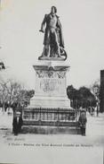 CPA - FRANCE - Uzès Est Situé Dans Le Départ. Du Gard - Statue V. Amiral Comte De Brueys - Enfants Assis - TBE