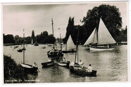 Postcard, Yachting At Teddington (pk32980) - London Suburbs