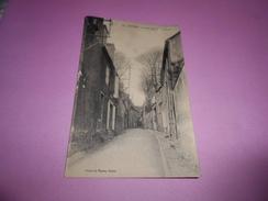 78 - CPA , Nevers, La Vieille Rue De Chapelains - Nevers