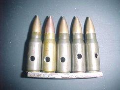 Clip De 5 Cartouches-- MP43--STG44 Neutralisées Datées 1944/45 - Decorative Weapons