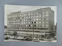 CPA PHOTO  ALLEMAGNE SCHWERIN HOTEL STADT SCHWERIN - Schwerin
