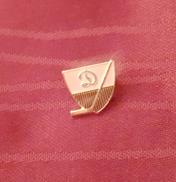 DYNAMO MOSCOW HOCKEY CLUB, RUSSIA, SOVIET UNION, ORIGINAL VINTAGE PIN BADGE - Winter Sports