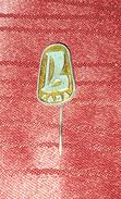 LADA, ORIGINAL VINTAGE METAL PIN BADGE - Badges
