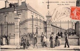 V7972 Cpa 93 Aubervilliers - Usine Des Allumettes, Sortie Des Ateliers - Aubervilliers
