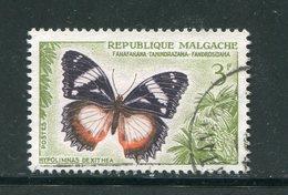 MADAGASCAR- Y&T N°345- Oblitéré - Schmetterlinge