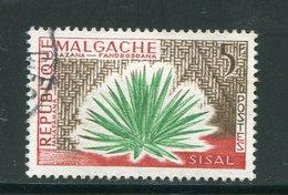 MADAGASCAR- Y&T N°346- Oblitéré (plantes) - Ohne Zuordnung