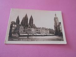 111 - CPA BELGIQUE , Tournai , La Grand'Place - Tournai