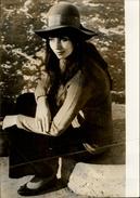 PHOTO - Photo De Presse - Acteurs - CYD HAYMAN - Actrice - 1969 - Célébrités