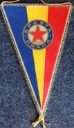 Football - Fanion Ancien Du SPARTA PRAHA Sparta De Prague Années 70 Grand Modèle (Tchécoslovaquie) - Apparel, Souvenirs & Other