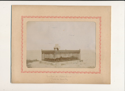 SAINT MALO, Tombeau De Chateaubriand - Photo Glissée Dans Un Cadre Carton Légendé - 2 Scans - Photos