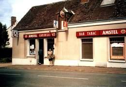 DONNEMAIN-St-MAMES / CAFE DE LA PLACE / A 4 - Francia