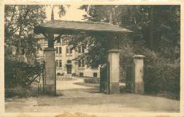 """BUYSINGEN - Sanatorium """"Rose De La Reine"""" - L'entrée Du Sanatorium - Halle"""