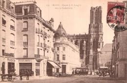 51 REIMS COURS J. B. LANGLET VERS LA CATHEDRALE - Reims