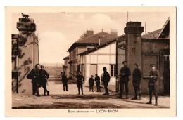 AVION . LYON-BRON . Base Aérienne - Réf. N°1709 - - Avions