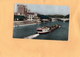 Carte Postale - VIENNE - Passage D'un Bateau Sur Le Rhône à Gauche Tour Philippe De Valois à Ste Colombe - Vienne