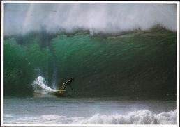 United States Honolulu 1982 / Surfing At Pipeline On The Northshore Of Oahu Hawaii - Cartoline