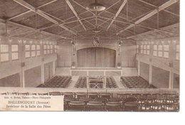 HALLENCOURT (Somme) Interieur De La Salle Des Fêtes  - Voyagée - France