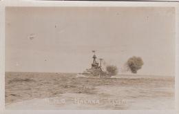 YP96  SHIPPING - H.M.S. MALAYA FIRING - Guerra
