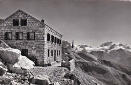 Switzerland Zermatt Zinalrothornhuette Rimpfischhorn Und Strahlhorn 1967 Photo - VS Valais