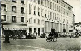 FRANCE  LOIRET  ORLEANS  Le Nouvel Hotel Des Postes  Bar Tabac Journaux  Voitures  Mosquito - Orleans