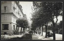 LA BOURBOULE L'Hôtel De Russie Et Le Bd Clémenceau (Chatagneau) Puy De Dôme (63) - La Bourboule