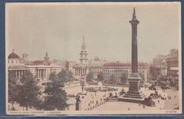 Trafalgar Square London (Londres) Commémore La Bataille Trafalgar Opposant Les Flottes Franco-espagnoles Et Britanniques