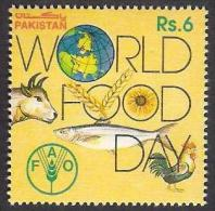 PAKISTAN 1993 World Food Day, FAO Joint Issue With Saudi Arabia 1v MNH - Pakistan