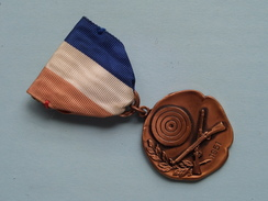 1951 2nd Place - 33rd. DIVISION LEAGUE * 8 * Competition 22 Cal. ( Medaille - For Grade / Please See Photo ) ! - Jetons & Médailles