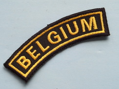 BELGIUM ( Details - Zie Foto´s Voor En Achter ) !! - Ecussons Tissu