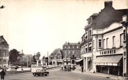 80-ROYE- PLACE DE L'HÔTEL DE VILLE - Roye