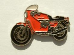 PIN´S MOTO - GUZZI 850 - Motorbikes
