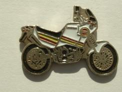 PIN´S MOTO - CAGIVA - Motorbikes